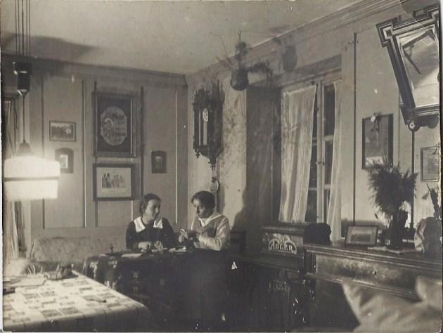 Breite 2 schaffhausen foto archiv for Wohnzimmer 1920
